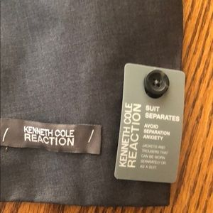 Kenneth Cole Reaction Suits & Blazers - NWT Kenneth Cole Reaction Gray Suit